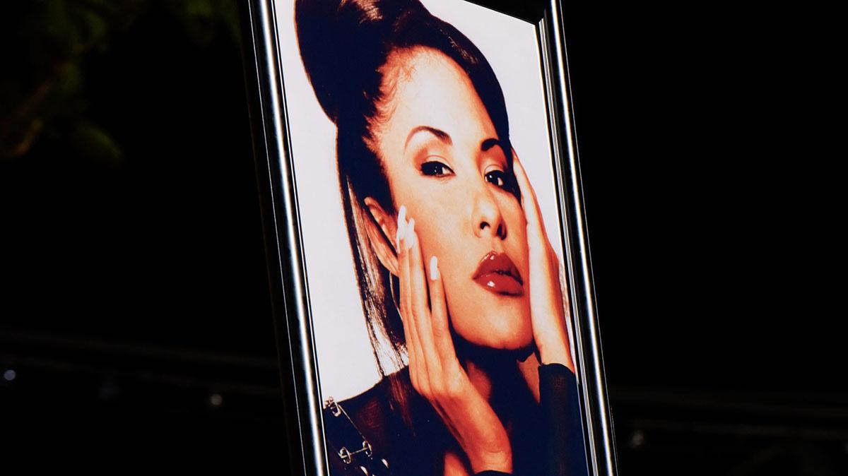 Hasta la fecha, Selena es una de las artistas latinas más vendidas de todos los tiempos.
