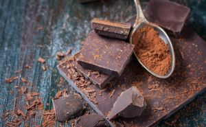 La increíble reacción de un adolescente africano al probar chocolate por primera vez