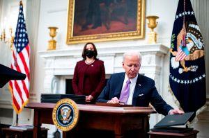 Biden defiende y mantiene el Jones Act entre otras medidas para apoyar la industria nacional