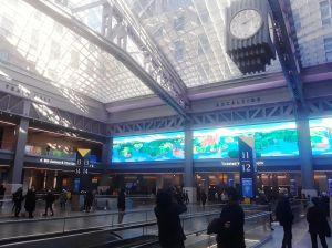 """Suicidio latino empaña la aplaudida remodelación de Penn Station, la estación """"cenicienta"""" de Nueva York"""