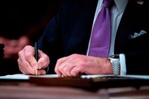 Joe Biden firmará hoy orden ejecutiva para agilizar el proceso de envío del tercer cheque de estímulo, y algo más