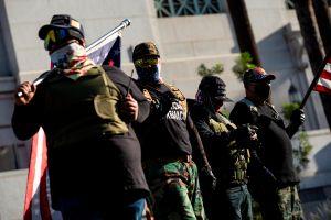 Seguidores de Trump también se pusieron violentos en el centro de Los Ángeles