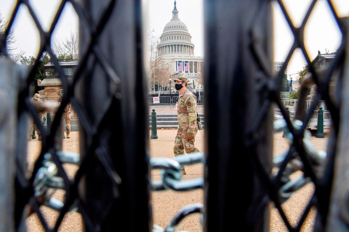 Acusado por asalto al Capitolio en Washington DC se suicida de un tiro en el pecho
