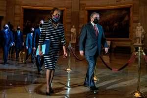 Cámara envía al Senado acusación para juicio político contra Trump