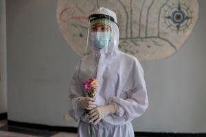 """""""Este es el fin"""": Pareja de médicos mexicanos mueren víctimas de coronavirus"""