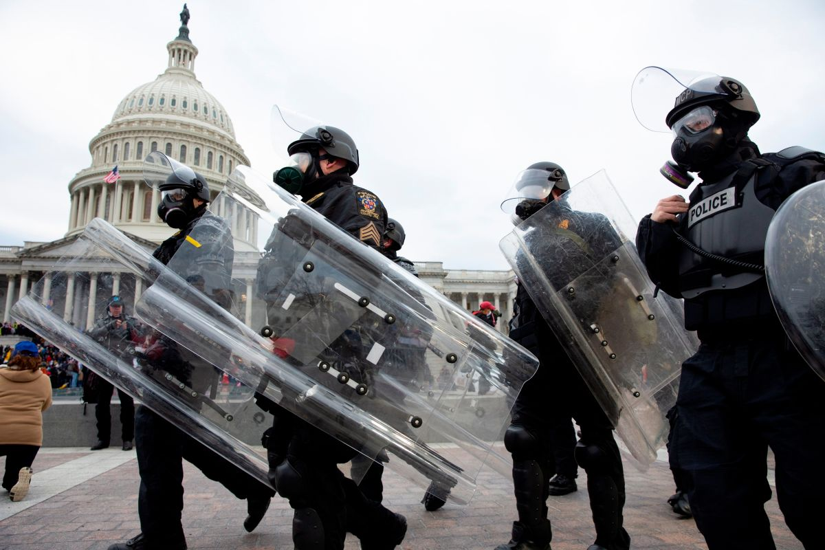 The Capitol is already safe.  Mayor of Washington warns that the curfew will be strictly enforced