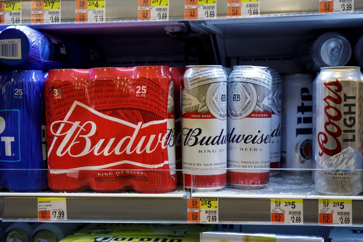 Por qué Budweiser se une a Coca-Cola y Pepsi para no participar en el Super Bowl