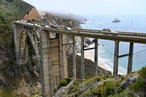 El famoso Highway California 1 cae al océano debido al río atmosférico y costará millones repararlo