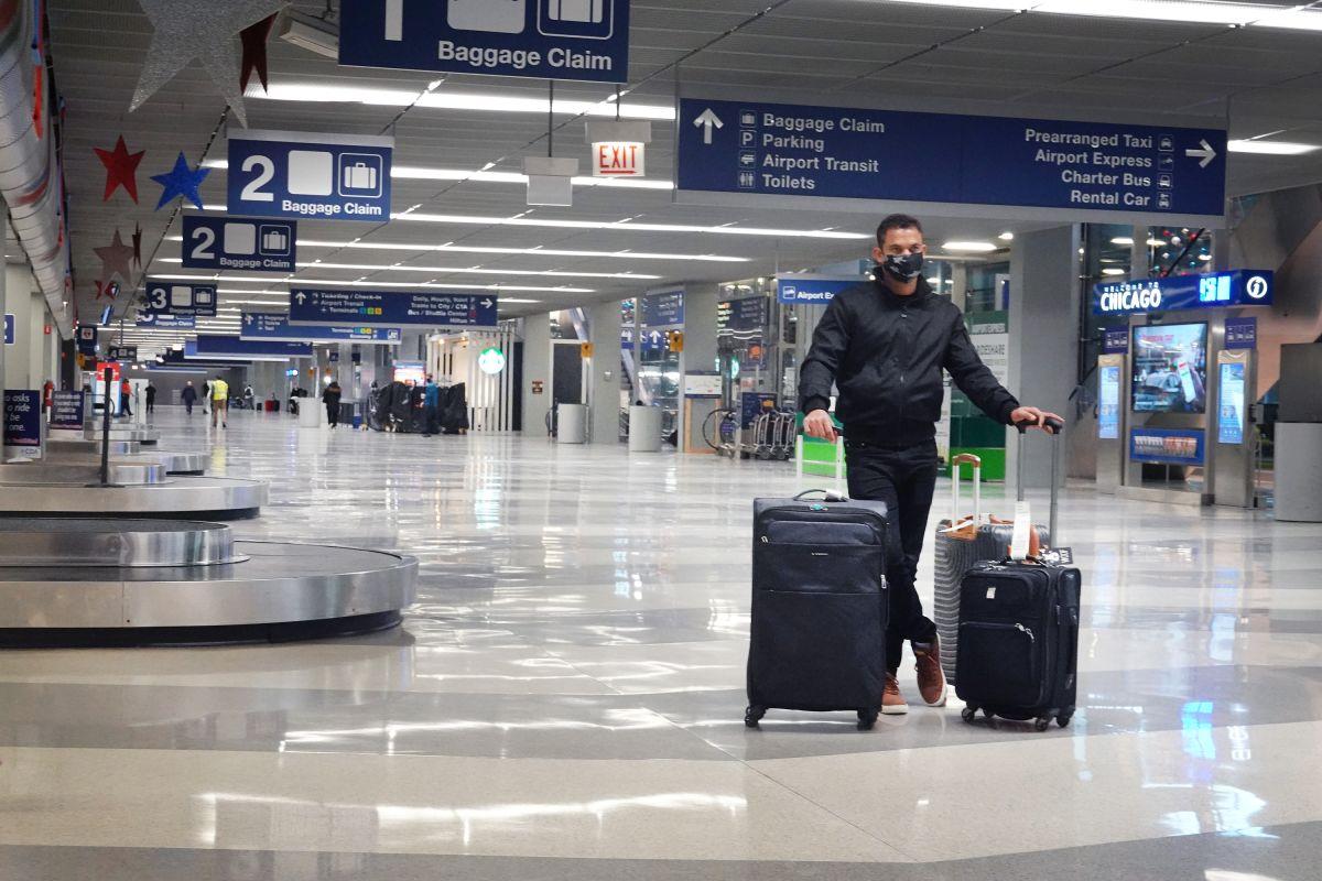 Hombre vivió por tres meses en aeropuerto internacional de Chicago por el coronavirus y nadie se dio cuenta