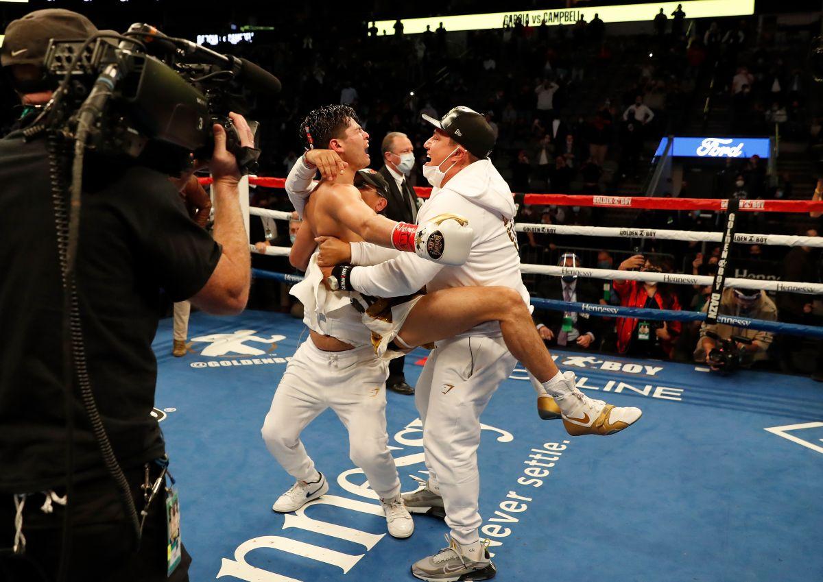 Ryan García gana por nocaut su pelea más difícil y enloquece en el ring con Canelo Álvarez