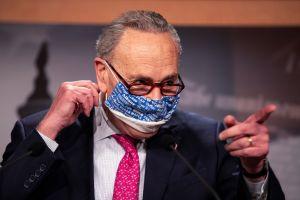 Cuál es la estrategia de Schumer para aprobar el tercer cheque de estímulo en el Senado
