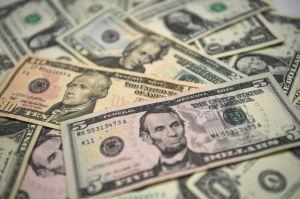 ¿Cuándo podría ser aprobado el salario mínimo de $15 dólares por hora?