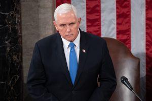 Mike Pence rechaza esfuerzo de la Cámara para quitar a Trump de la Presidencia