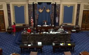 Senado asesta golpe a Trump al anular su veto a la ley de Defensa