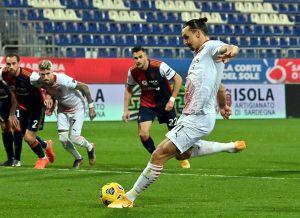 Como los buenos vinos: Zlatan Ibrahimovic marca doblete y devuelve el liderato absoluto al Milan