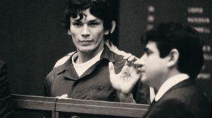 Detective latino de Los Ángeles se convierte en celebridad por serie de Netflix sobre asesino serial
