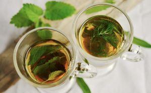 El mejor té de hierbas naturales para incrementar la fertilidad y el recuento de esperma en los hombres