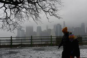 Pronostican fuertes vientos e inundaciones por la tormenta invernal en NY
