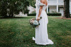 Su novio se escapó de la boda y terminó por casarse con uno de los invitados