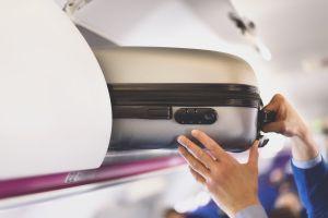 Pelea entre pasajeros y empleados de una aerolínea en Detroit por culpa del equipaje