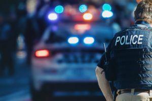 Policía descubre que su esposa le es infiel durante revisión de rutina