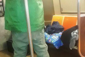 Hispano arrestado por morder y asfixiar a defensor de pasajero en el Metro de Nueva York