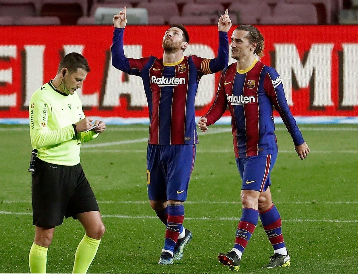 Con dobletes de Messi y Trincao, el Barcelona volvió a golear