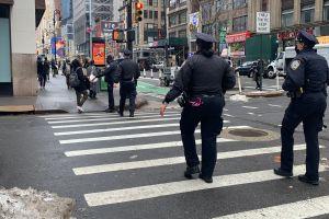 Analizan leyes para atender emergencias de salud mental en NYC sin participación de oficiales del NYPD