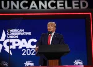 Trump reaparece con un discurso aún más duro contra la inmigración y contra sus adversarios