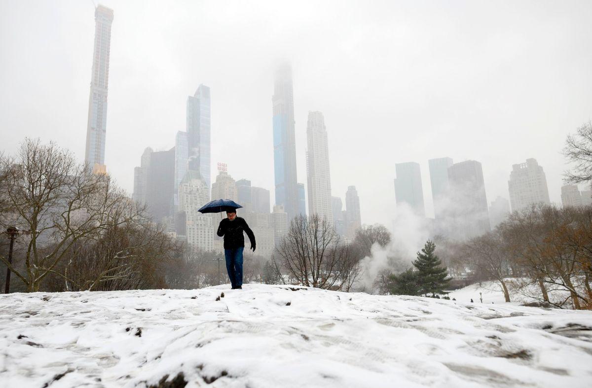 Nueva York recibirá más de 20 pulgadas de nieve por brutal tormenta