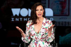 Ashley Judd muestra las fotos de su rescate tras horrible accidente en la selva