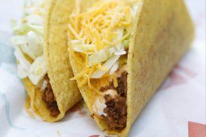 Taco Bell también ofrecerá sándwiches de pollo con su propia versión en forma de taco