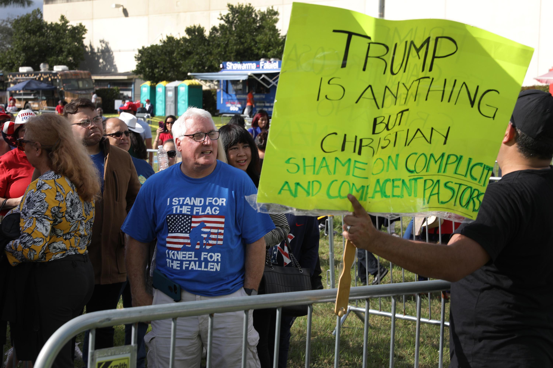 Pastor Guillermo Maldonado y Trump