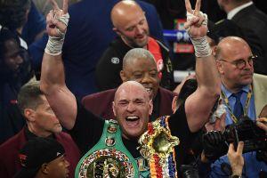 """Tyson Fury cree que Billy Joe Saunders derrotará al """"Canelo"""" Álvarez: """"Lo golpeará por todo el ring"""""""