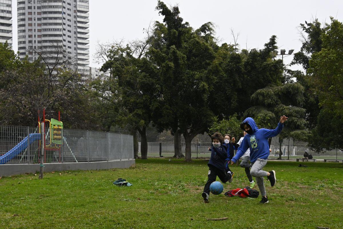 Impulsan crear oficina única que coordine deportes y recreación en NYC para beneficiar a jóvenes de minorías