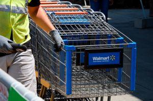 Walmart promete un aumento de salario superior a los $15 dólares por hora para más de 425,000 empleados