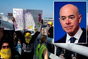 Administración Biden ayudará a inmigrantes enviados a México, pero pide a otros evitar viaje