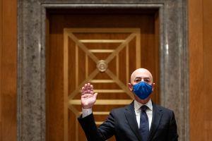 Senado confirma a Alejandro Mayorkas como el primer latino en ser secretario de Seguridad Nacional