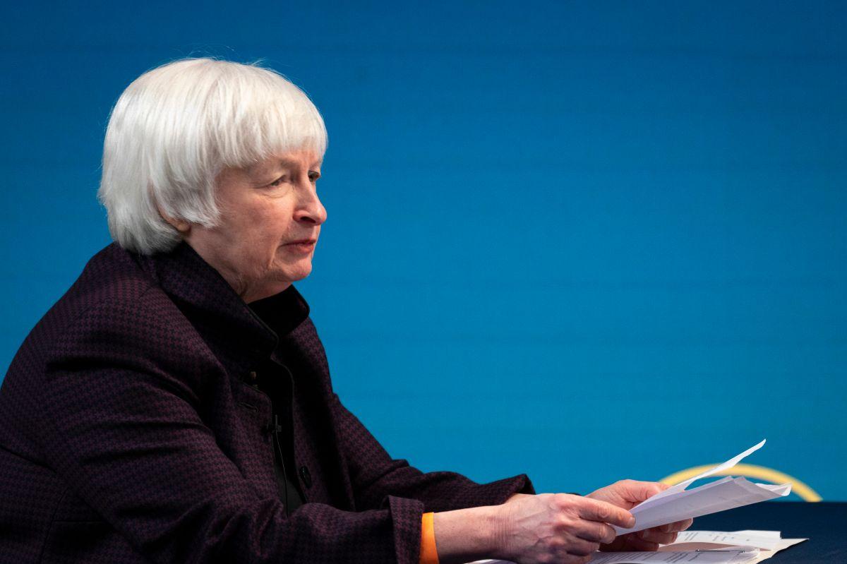 Janet Yellen dijo que los cheques proporcionarán alivio a las personas desempleadas y su gasto permitirá estimular la economía.