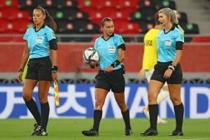 VIDEO: Jeque qatarí no saluda a árbitro mujer en el Mundial de Clubes, sólo a los hombres