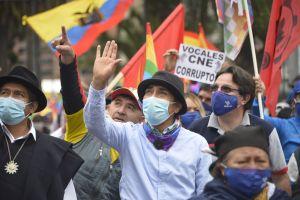 Elecciones en Ecuador: el candidato indígena Yaku Pérez y su rival Guillermo Lasso acuerdan reunirse mientras continúa el recuento de votos en Ecuador