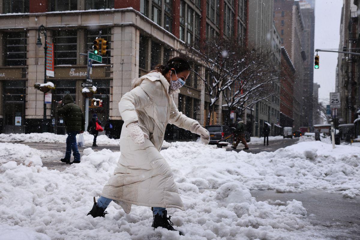 Más nieve para Nueva York este domingo debido a nueva tormenta invernal