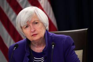 A quién se enviaría el cheque de estímulo de $1,400 es un debate que se recrudece entre demócratas