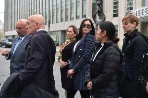 """El lado oculto de Emma Coronel, esposa de """"El Chapo"""" Guzmán: armas de alto calibre y casinos"""