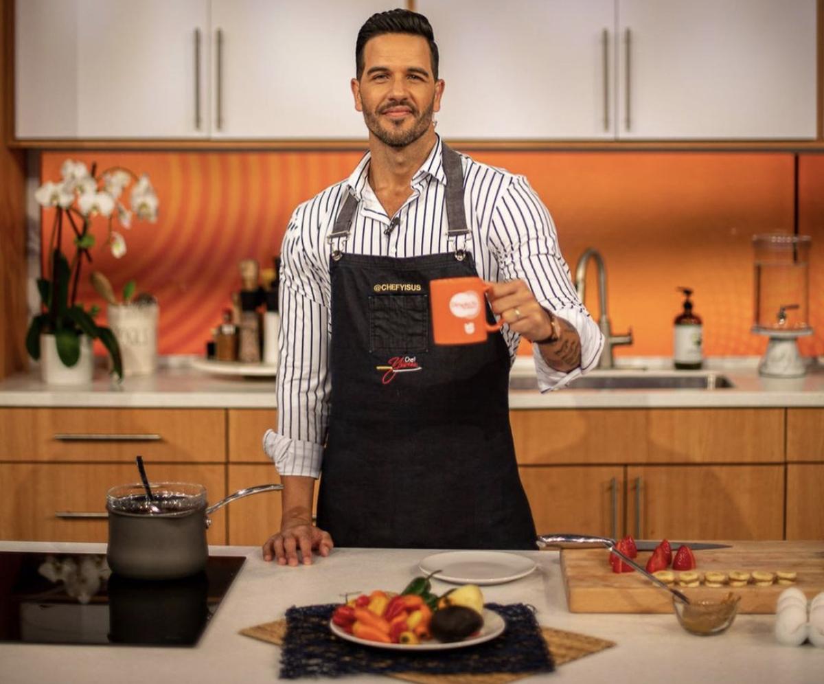 El Chef Yiusus de 'Despierta América' será una de las celebridades que participará en 'Mira Quién Baila All Stars' 2021