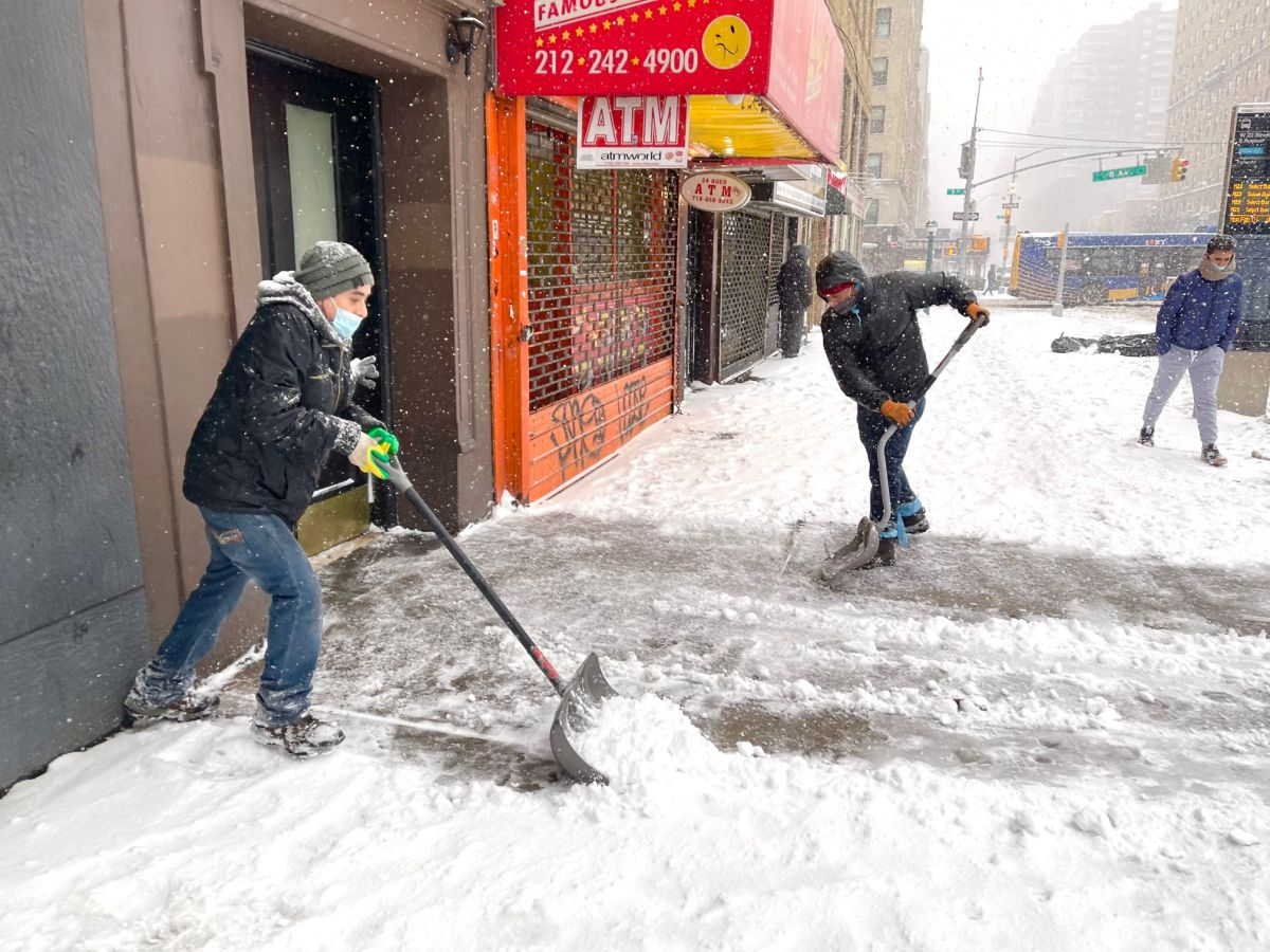 Job opportunities for day laborers in NYC 'fall' after storm
