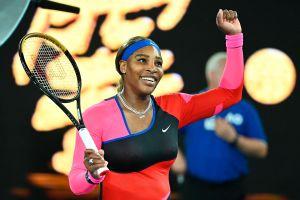 Una histórica Serena Williams enfrentará a Naomi Osaka en las semifinales del Abierto de Australia