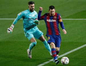 Enorme: Lionel Messi iguala récord de Xavi por más partidos en La Liga