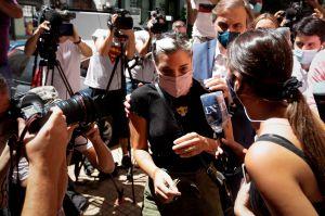 Hijas de Maradona acudieron a la Fiscalía a declarar por la muerte de su padre