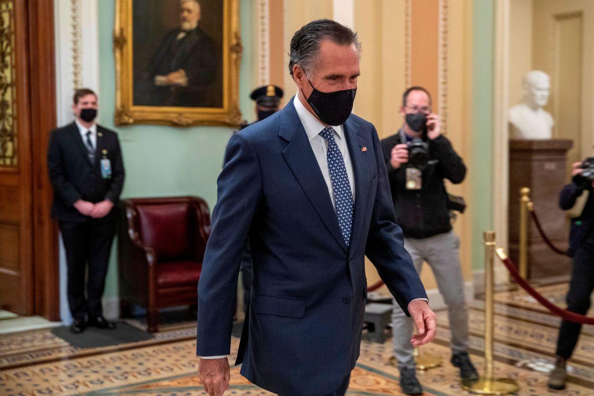 Senado aprueba a último momento citar a testigos en impeachment contra Donald Trump